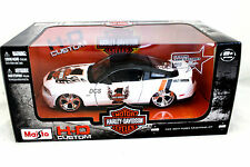 MAISTO 2011 FORD MUSTANG GT  #1 WHITE MOTOR HARLEY DAVIDSON 1/24 CAR 32170WH