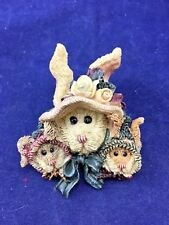 Fun Mama Bunny with 2 Baby Bunnies Resin Fashion Brooch Clutch Pin Jewelry (J19)