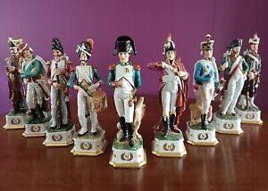 Napoléon. Ensemble 9  belles statuettes porcelaine Capodimonte grand modèle 30cm