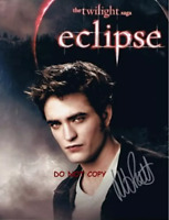 HAND SIGNED - ROB WITH COA - TWILIGHT SAGA  ECLIPSE - ROBERT PATTINSON 8X10