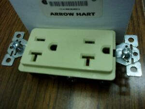 ARROW HART AHDECB20I DECOR RECEPTACLE 20A 125V 2P 3W IVORY (QTY 10)