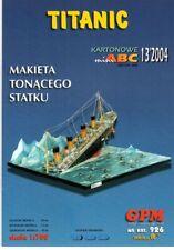 Card Model Kit – Diorama of the Titanic Sinking.