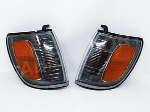Set of Pair Black Housing Corner Signal Lights for 1996-2002 Toyota 4Runner