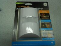 GE 2 Color Dimmable LED Sleep Night Light with direct Plugin
