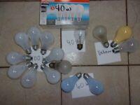 Lot of 20 Light Bulbs