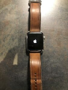 Apple Watch Series 2 42mm Stainless Steel Official Leather Strap