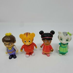 """Lot Of 4 Daniel Tiger's Neighborhood Family and Friends Figures Mr. Rogers 2.5"""""""