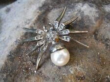 broche représentant une araignée en métal argenté