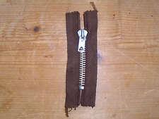 Reißverschluss nicht teilbar dunkelbraun Metall Metallschiffchen Länge: 8 cm neu