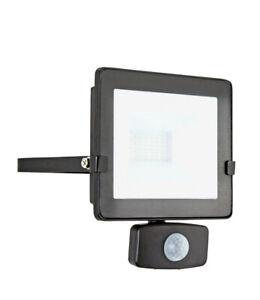 Luceco 20W Slimline LED PIR Floodlight Motion Sensor Flood light