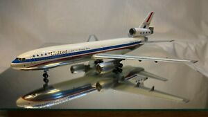 1:200 Inflight200 United Airlines DC-10-10 (N1817U)