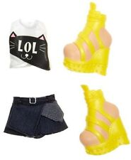 NEW Bratz Fashion Outfit Clothes Top High Heel Shoes Skirt Deboxed
