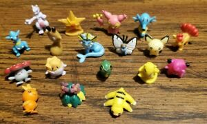 Pokemon Pocket Monster Mini Micro Figure Lot Of 18 Pieces -
