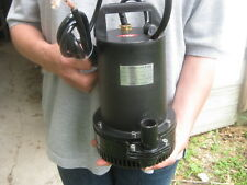 BIG 12 Volt DC Water Sump Pump!  900 LPH, 23ft Lift,12V,Cont duty! *MSRP: $179!