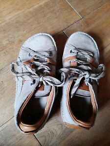 The Art Company shoes size 5