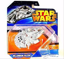 STAR WARS , MILLENNIUM FALCON RAUMSCHIFF,HOTWHEELS ,INCLUDING SPECIAL STAND ,NEW