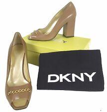 NEW $245 Donna Karan DKNY Shoes (Pumps Heels)!  8  *Tan*  *Italy*  *Gold Chain*