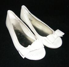 Alfani 'Amor' round toe ivory leather ribbon patent ballet flats women heel 6.5M