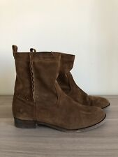 FRYE Women's Cara Short Boots in Wood Oiled Suede Size 10B