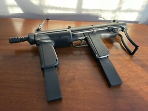 Entertech LJN Motorized TOY Water Squirt Gun M-16 DOUBLE Baretta AK Centerfire