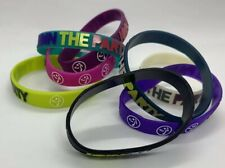 Zumba Rubber Multicolored Thin Bracelets JOIN THE PARTY *NEW* 8 Bracelets