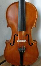 Vecchio violino di liuteria,old violin of lutherie, alte geige