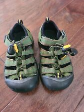 Boys Green Keen Water Shoes Size 13