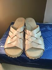 WOMENS DANSKO WEDGE HEEL SANDALS SIZE USA 10 EUR 41 WALKING SPECIAL OCCASION