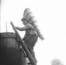 NIEDERMORSCHWIHR c. 1935 - Vigneron Hotte Haut-Rhin - Négatif 6 x 6 - GE 115