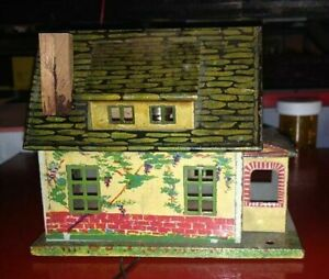VINTAGE LIONEL  1930  #184 BUNGALOW lithograph TINPLATE, lighted & rewired