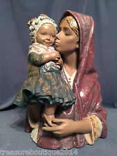"""~FREE Shipping~Very Rare Lladro """"Mother Kiss Child"""" Mother/Baby (1329 Excellent)"""