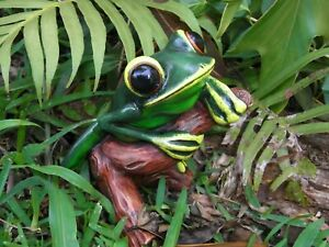 Tree Frog - Handcrafted Original Design, Hand painted and Gift Boxed-12.5cm high