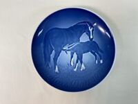 B & G Bing Grondahl Copenhagen Mothers Day 1972 Horse and Baby blue plate 6""