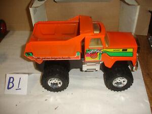 nylint big pumpkin dump truck