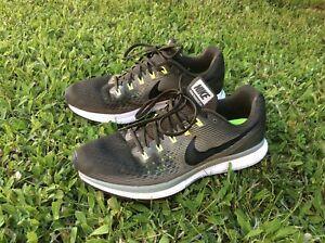 Nike Air Zoom Pegasus 34 Laufschuhe Gr. 45  Sneaker