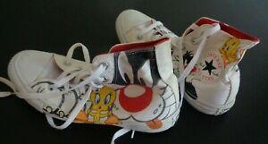 LOONEY TUNES x CONVERSE Tweety Bird Sylvester Men's 6 Women's 8 Shoes Sneakers