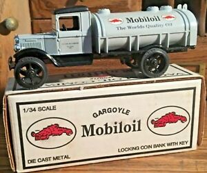 Mobiloil 1931 Hawkeye Tanker Bank #1 In Series Mint In Box
