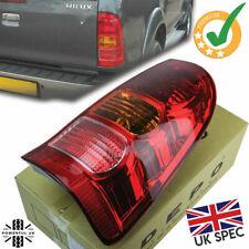 UK spec Rear light with RED fog for Toyota Hilux Mk6 Vigo tail lamp RH lens O/S