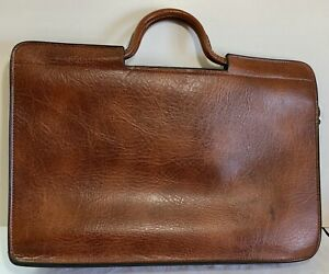 Classic Vintage Pegasus Brown Leather Briefcase Attache Portfolio         GR0497