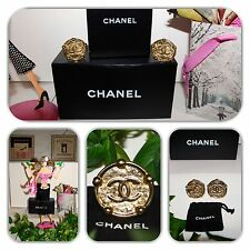FASHIONABLE-CHANEL VINTAGE JUMBO LARGE  GOLD EARRINGS!
