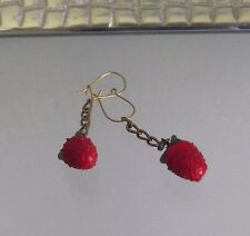 HANDCRAFTED RED STRAWBERRY GLASS CHAIN DANGLE EARRINGS, PIERCED, NEW, AUSTRALIA