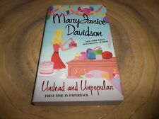Queen Betsy: Undead and Unpopular  by MaryJanice Davidson (2007, Paperback)
