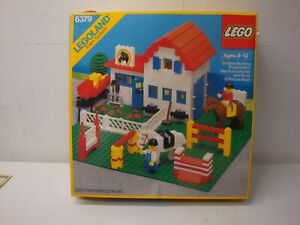 LEGO RIDING STABLE 6379 WITH BOX 6820 6646 AS IS
