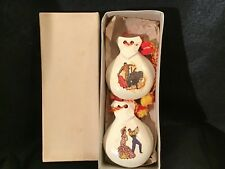 Lot# 1314. Vintage set of New wooden Casanets in original box