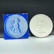 1976 Goebel Mj Hummel Paperweight all milk white figurine plate collector club 2