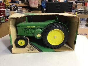 ERTL John Deere Model R Tractor, 16:16 Scale, Die Cast,
