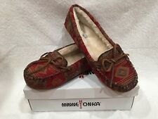 Minnetonka Baja Cally Red Moccasin Slippers Size 11 NEW IN BOX