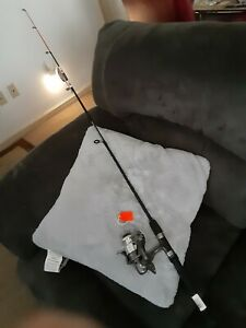 Spinning fishing Rod ZEBCO 5' Ultra Light and reel Quantum Lot B05