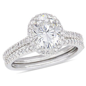 Amour 14k White Gold Oval-Cut Moissanite and Diamond Halo Bridal Ring Set