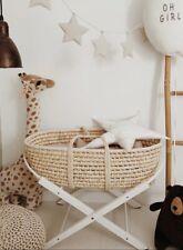 Baby Stubenwagen mit Ständer und Matratze, Mosekorb, Baby Moses Korb mit Ständer